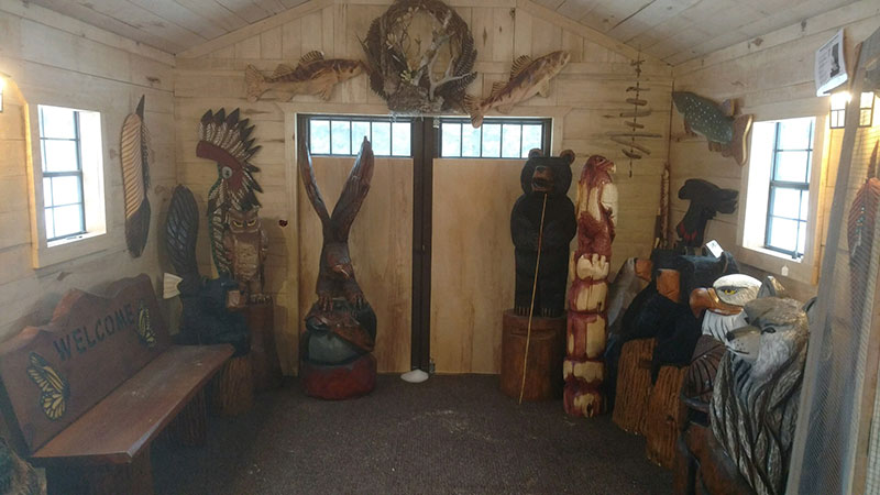 Chainsaw carver studio shed gallery near grand forks minnesota