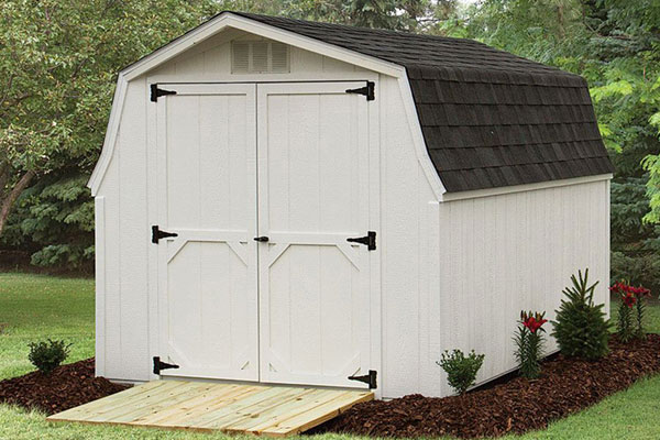 Low barn shed storage builing